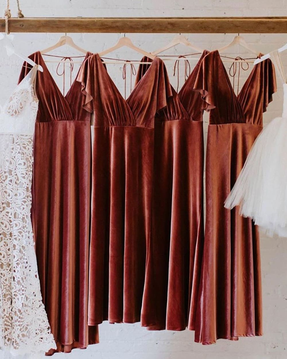 10 Fun Things to Do on Your Wedding Morning with Your Bridesmaids | Photography: Kaley Rae Photography