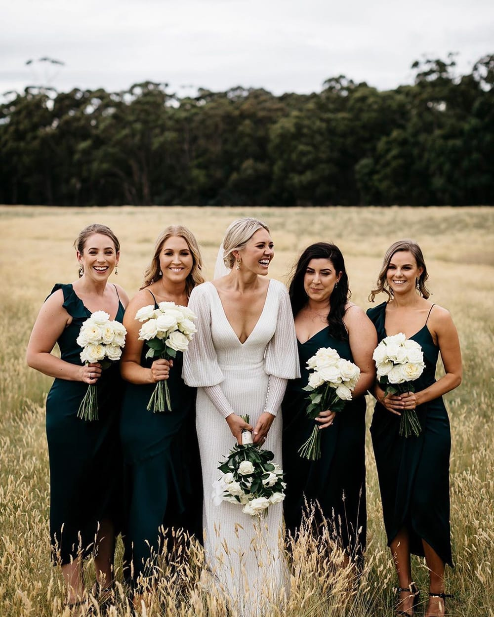 10 Fun Things to Do on Your Wedding Morning with Your Bridesmaids | Photography: Katie Harmsworth