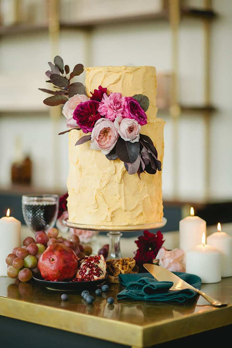 Amazing-Wedding-Cakes-Rustic-Gold-Buttercream-Pink-Flowers