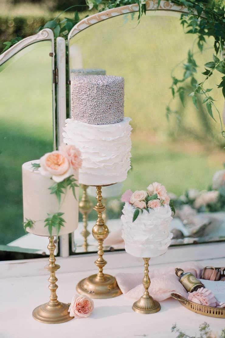 Amazing-Wedding-Cakes-Trio-Dresser-Silver-Pink-White