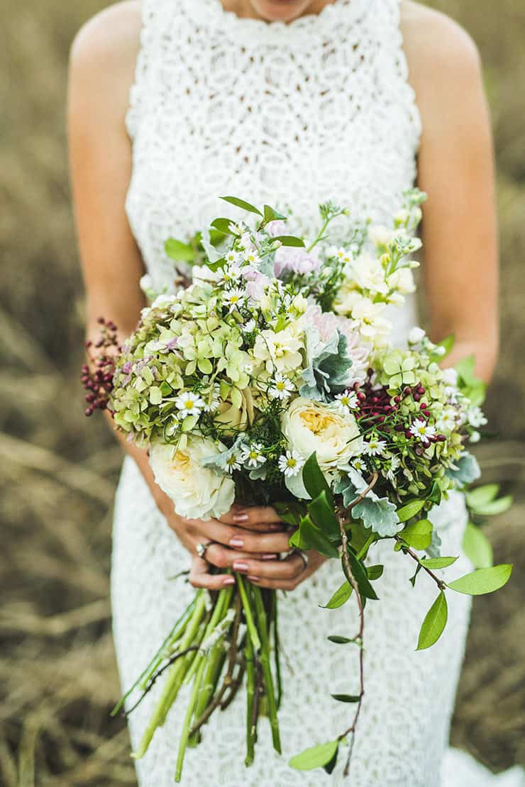 Beautiful-Wedding-Bouquet-Modern-Texture-Wildflower