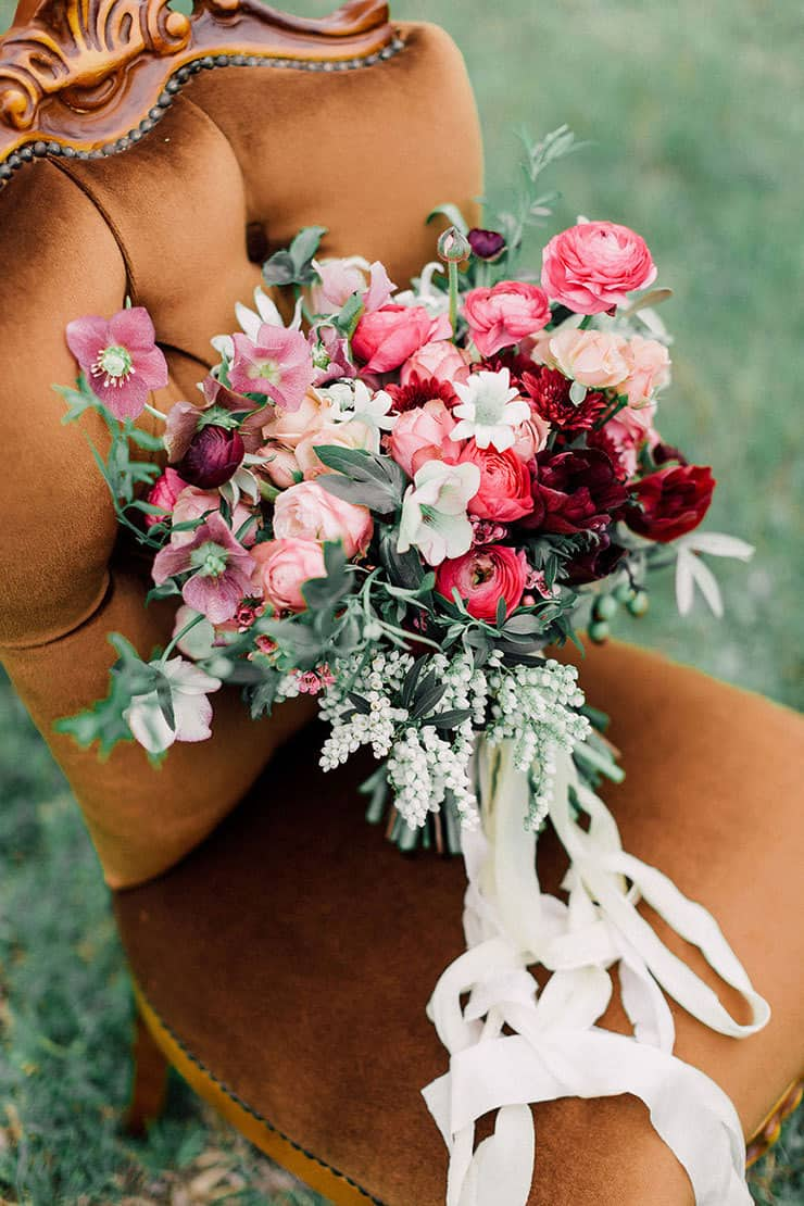 Beautiful-Wedding-Bouquet-Rich-Romantic-Pink-Red