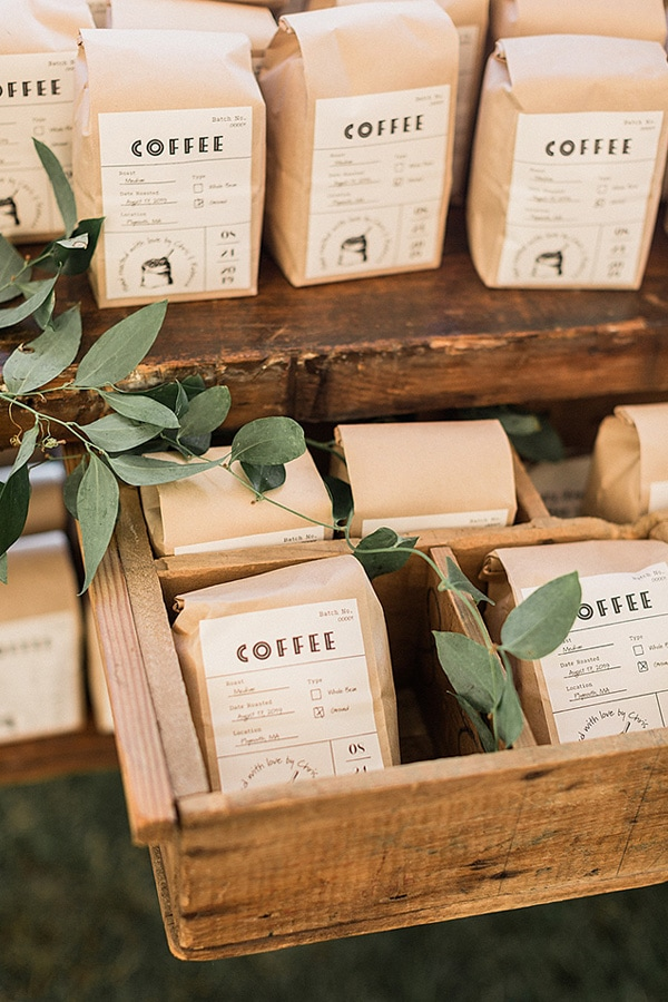 Rustic brown paper bags of coffee beans as wedding favours - 'Love is brewing, please take a favor of our hand roasted coffee'  | Meredith Jane Photography
