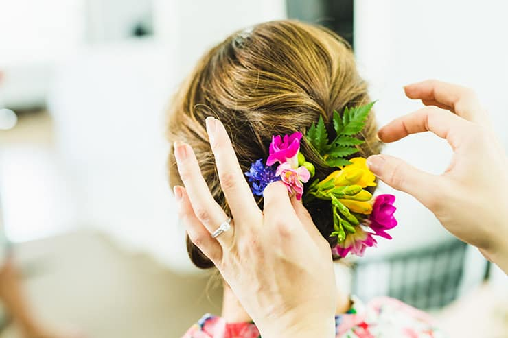 Bold-Bright-Floral-Wedding-Bride-Getting-Ready-Hair