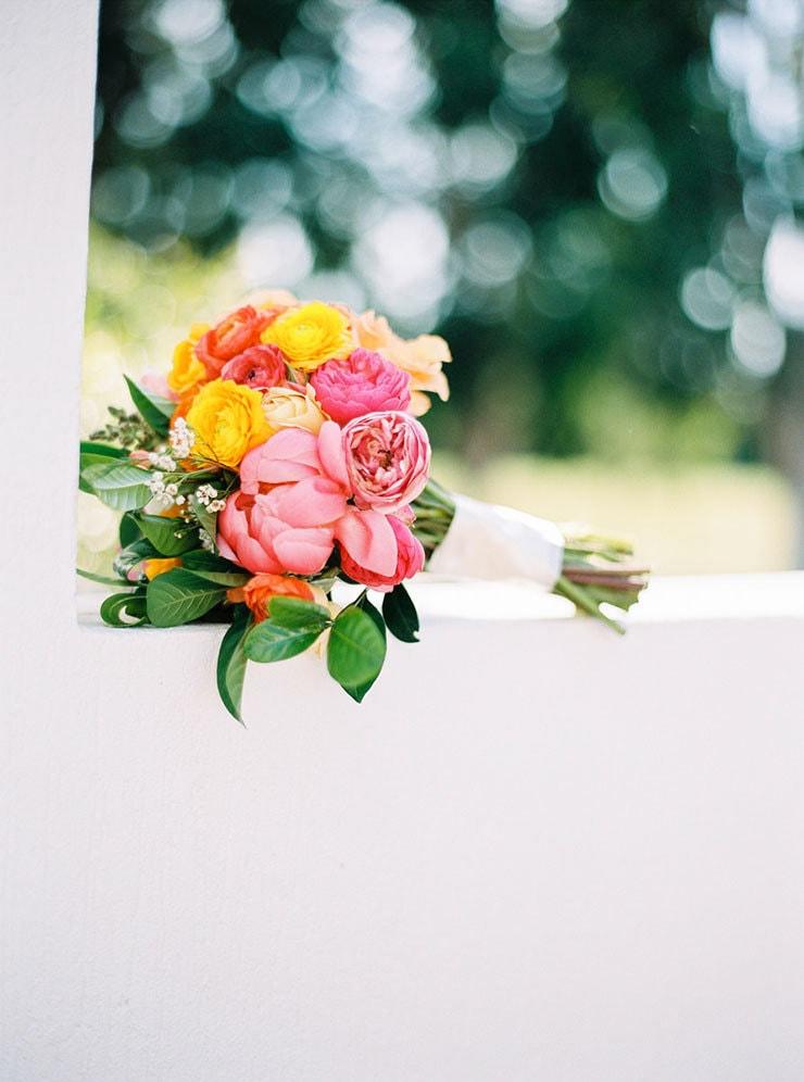Bright-Waterfront-Cocktail-Wedding-Bouquet