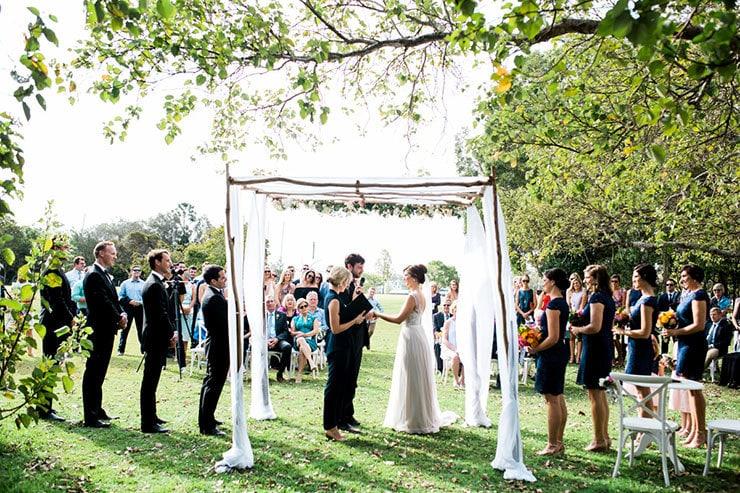 Bright-Waterfront-Cocktail-Wedding-Bride-Groom-Ceremony-2