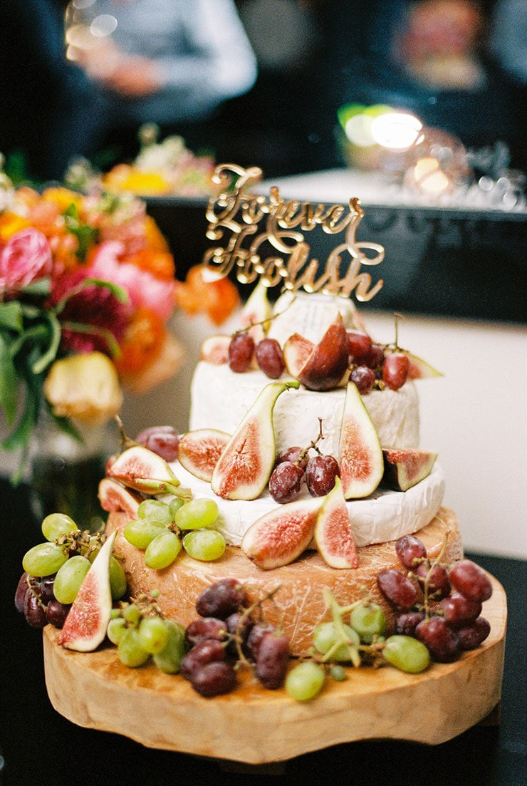 Bright-Waterfront-Cocktail-Wedding-Cheese-Wheel-Cake