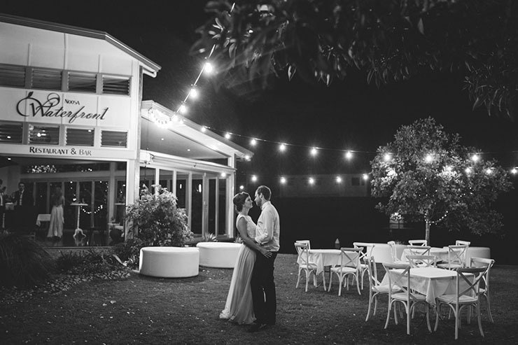 Bright-Waterfront-Cocktail-Wedding-Reception-Venue