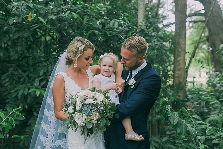 Chloe & Owen's Charming Green & White Country Wedding