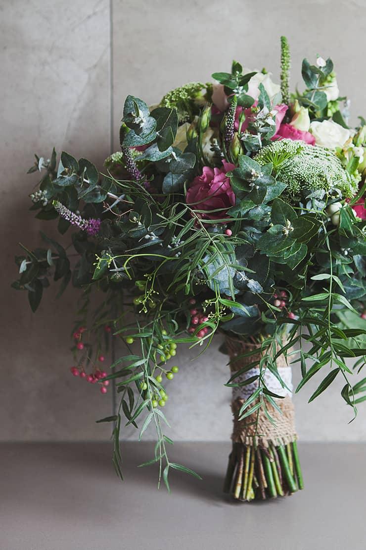 Classic-Country-Romance-Wedding-Bouquet-2