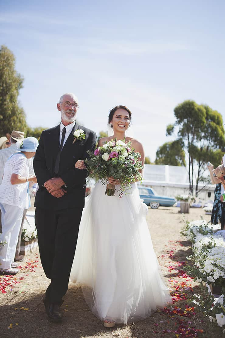 Classic-Country-Romance-Wedding-Ceremony-Aisle
