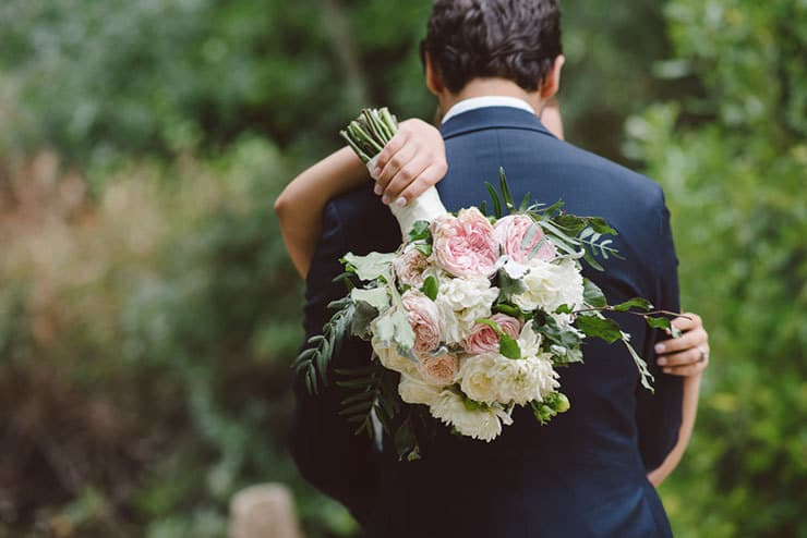 Classic-Estate-Wedding-Pink-White-Bride-Groom-Bouquet