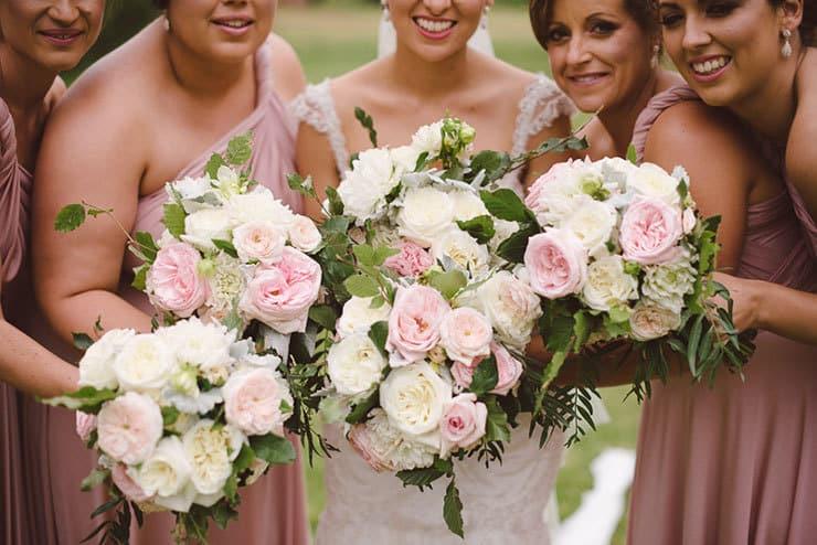 Classic-Estate-Wedding-Pink-White-Bridesmaid-Bride-Bouquets