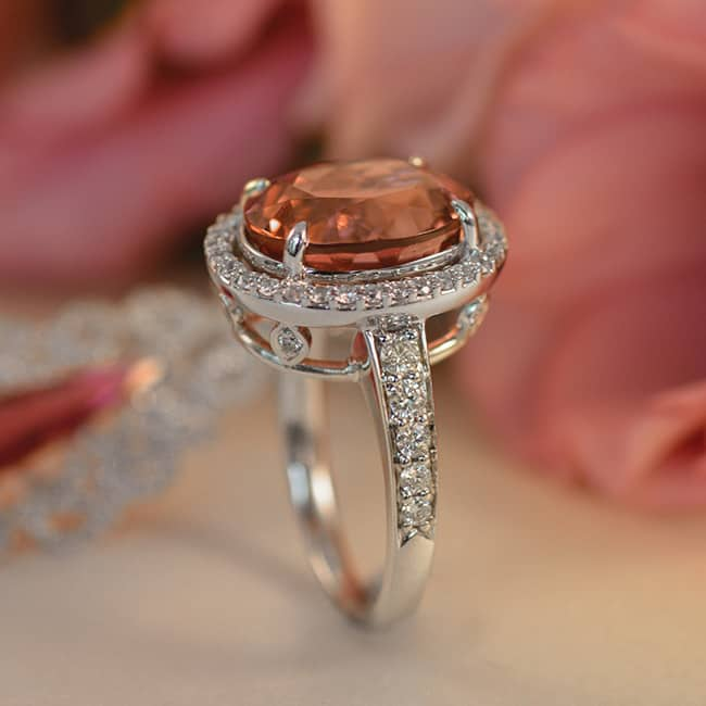 Coloured-Stone-Engagement-Ring-Tips-Design-3