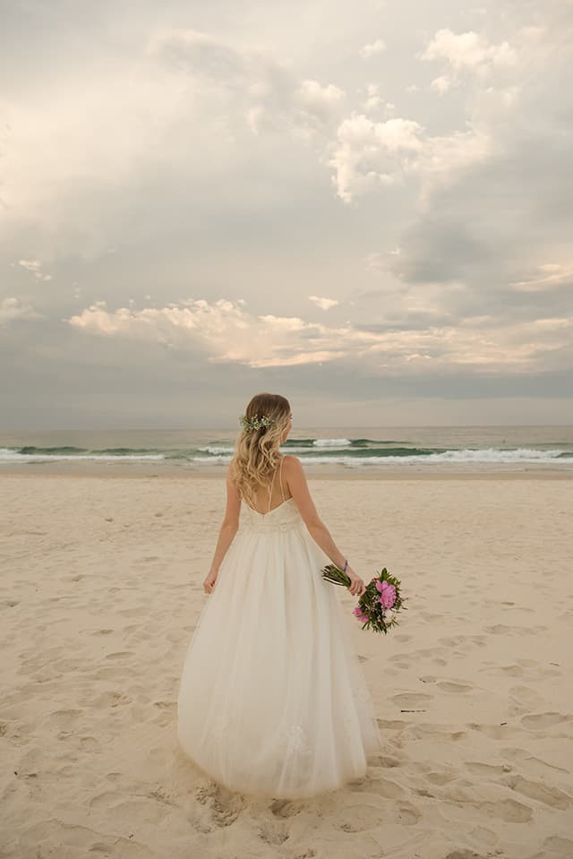 Here's how to choose between wedding dresses | Krissie Kearney Photography