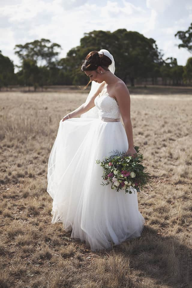 Here's how to choose between wedding dresses | Leah Ladson Photography