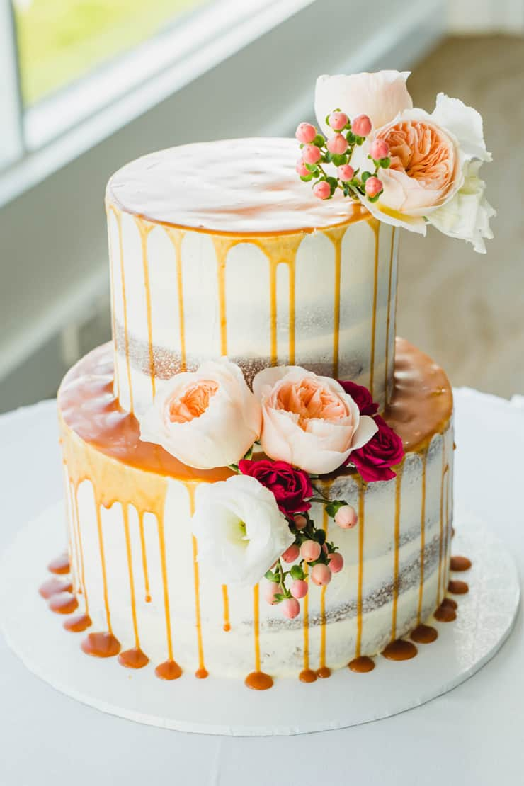 Creative Wedding Cakes | Curly Tree Photography