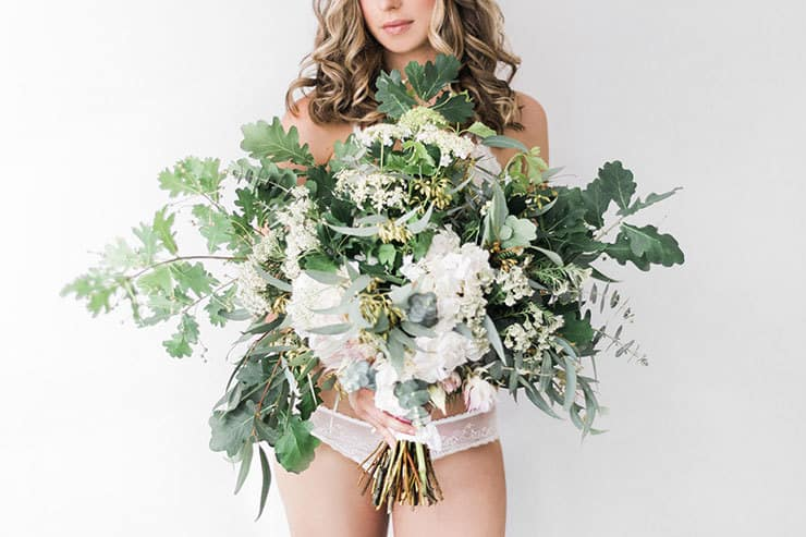 Elegant-Bridal-Boudoir-Inspiration-Green-White-Bouquet