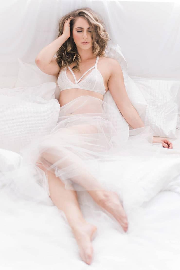 Elegant-Bridal-Boudoir-Inspiration-Lace-Lingerie-Veil-3