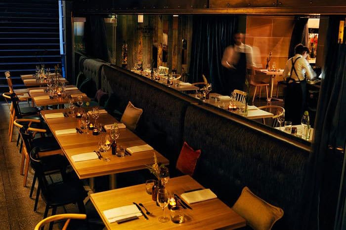 Elegant-Hens-Party-Ideas-Sydney-Governors-Table-Private-Dining
