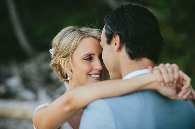 Elegant-Tropical-Wedding-Bride-Groom-Beach-Portraits