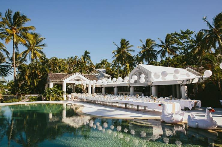 Elegant-Tropical-Wedding-Poolside-Reception-Venue