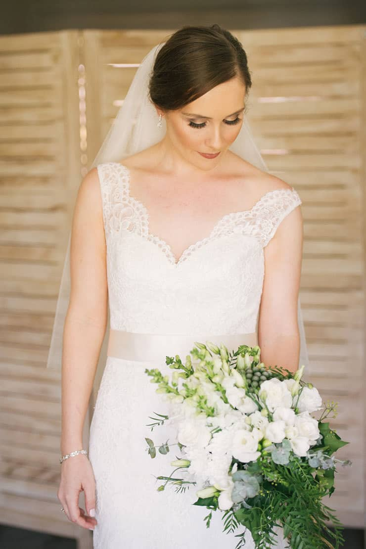 Elegant-Waterside-Wedding-Navy-&-Grey-Bride-Getting-Ready-Makeup-Bouquet