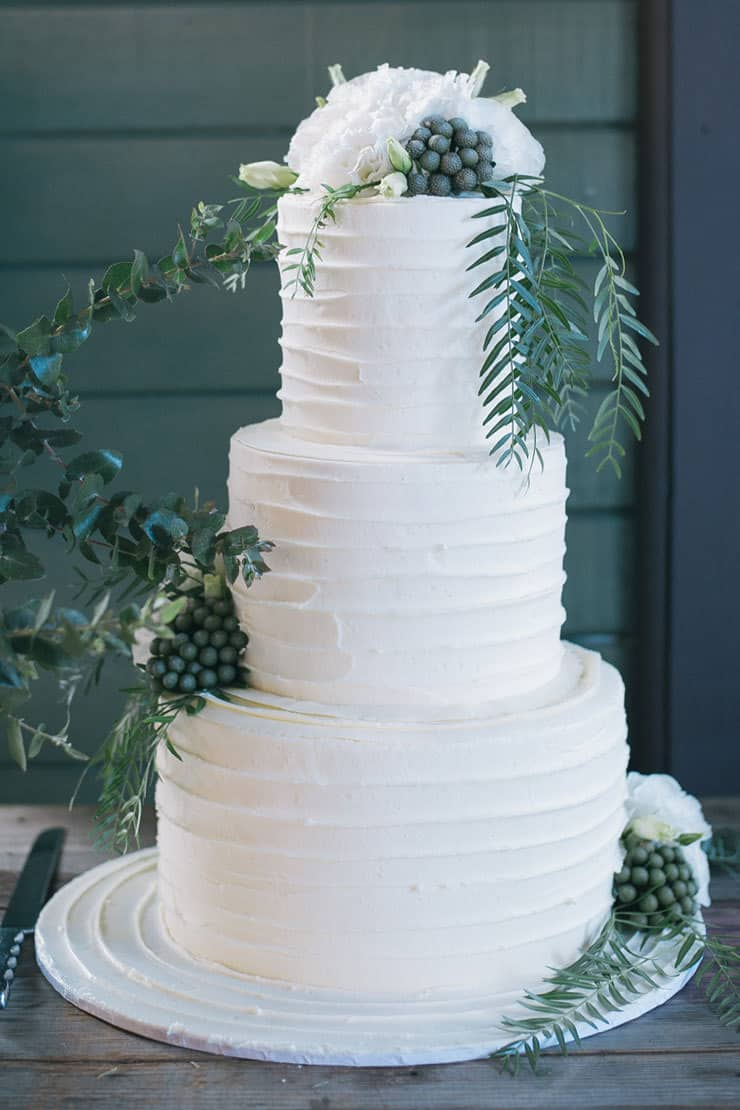 Elegant-Waterside-Wedding-Navy-&-Grey-Cake-Fresh-Flower-Topper