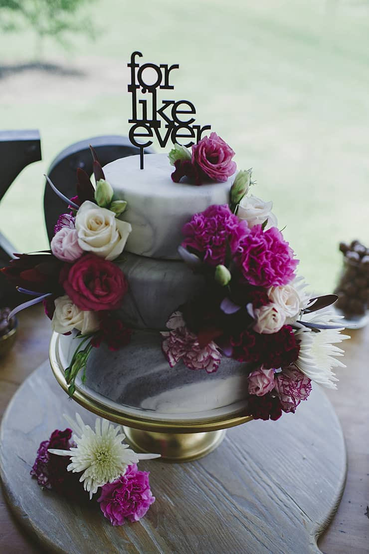 Creative Wedding Cakes | LiFe Photography