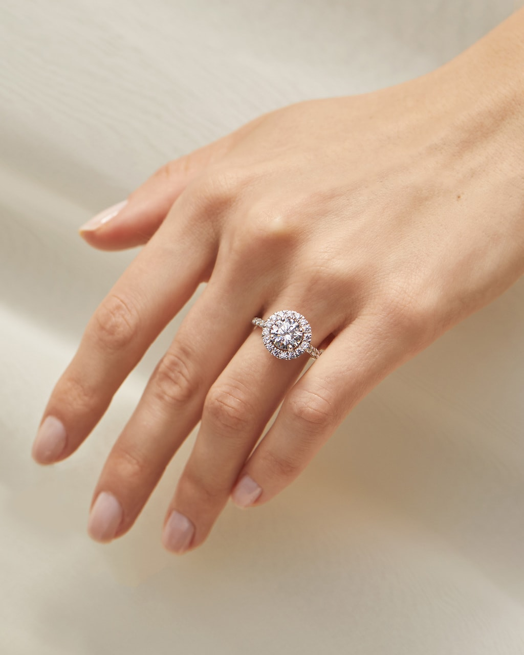Engagement Ring Shopping Secrets from the Experts with Great Heights