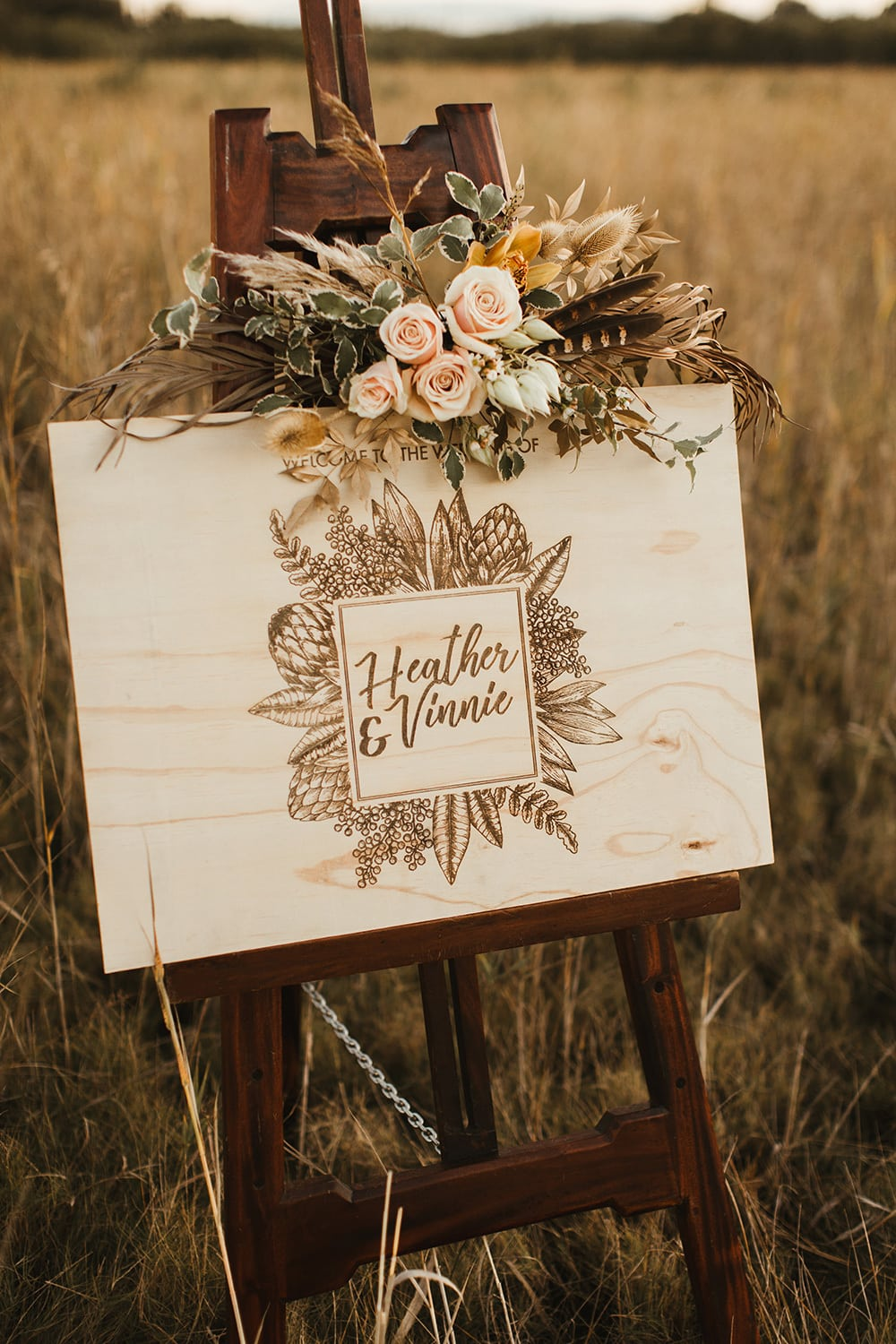 Fields of Gold Wedding Inspiration | Photography: Sam McGrath Photographer