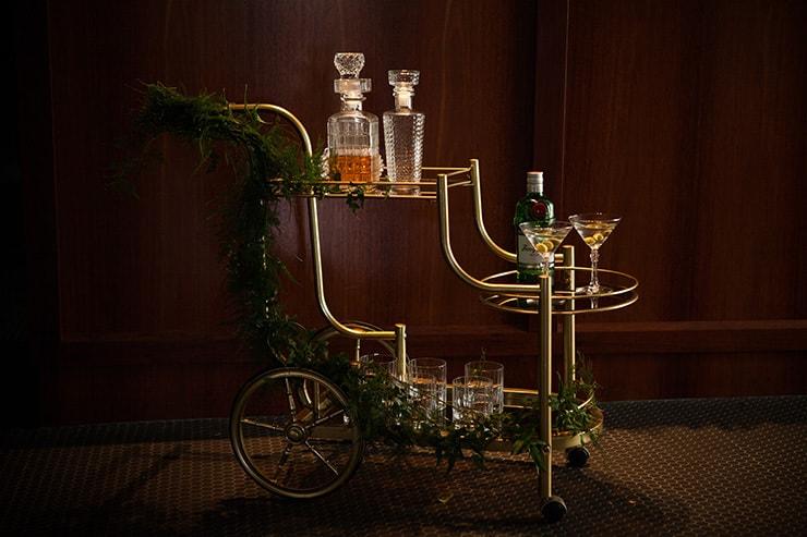 Glamorous-1920s-Wedding-Inspiration-Vintage-Drinks-Trolley