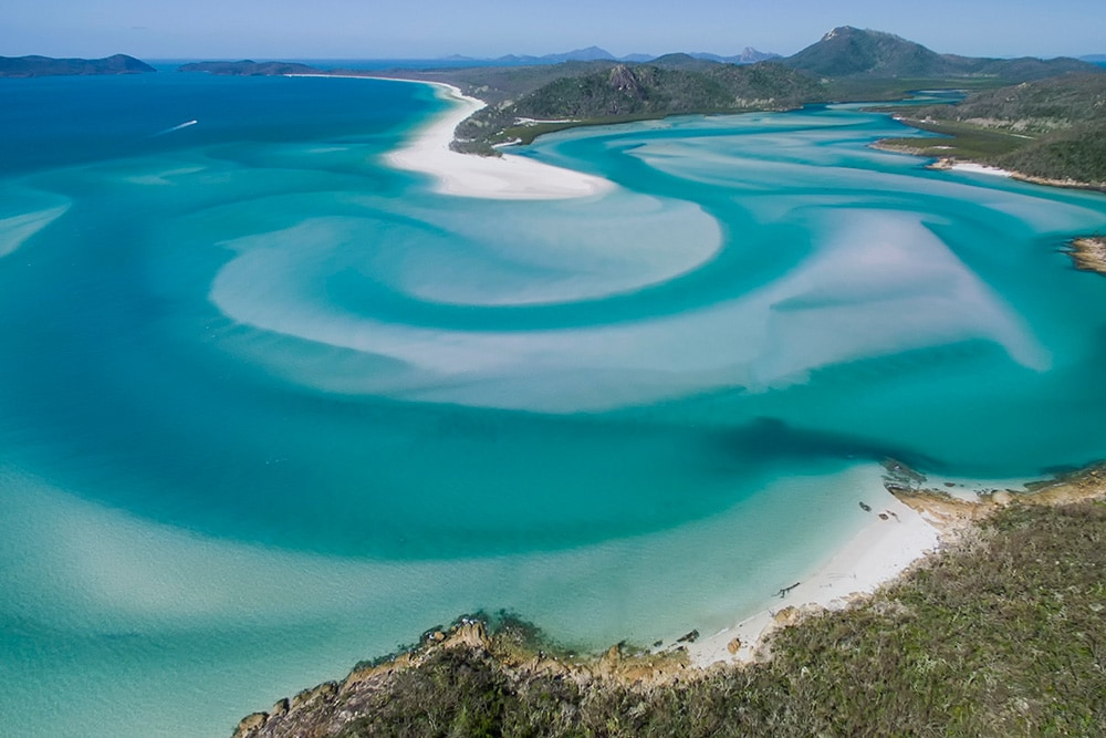 Honeymoon in The Whitsundays | Airlie Beach Experiences | Hill Inlet at Whitehaven Beach