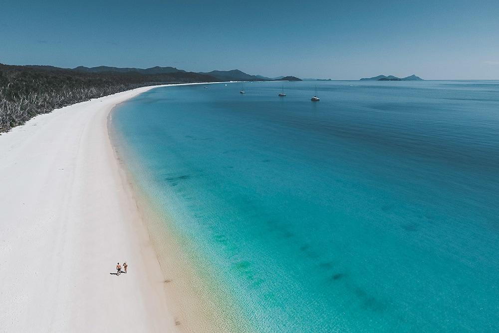 Honeymoon in The Whitsundays | Airlie Beach Experiences | Whitehaven Beach