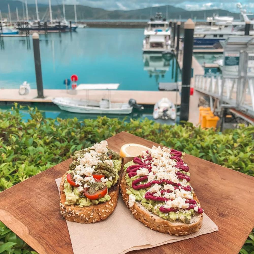 Honeymoon in The Whitsundays | Airlie Beach Restaurants | Bohemian Raw Cafe