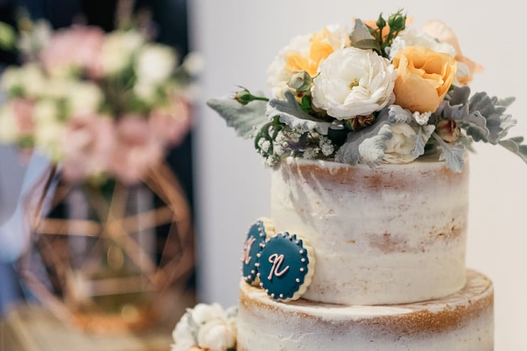 Industrial-Art-Gallery-Wedding-Cake-Topper
