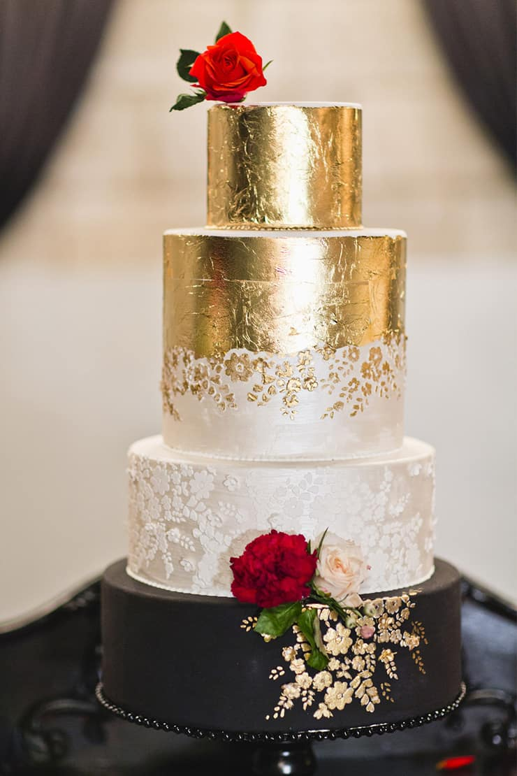 Creative Wedding Cakes | Lyndal Carmichael Photography