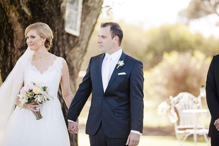 Ivory-&-Pink-Farm-Wedding12