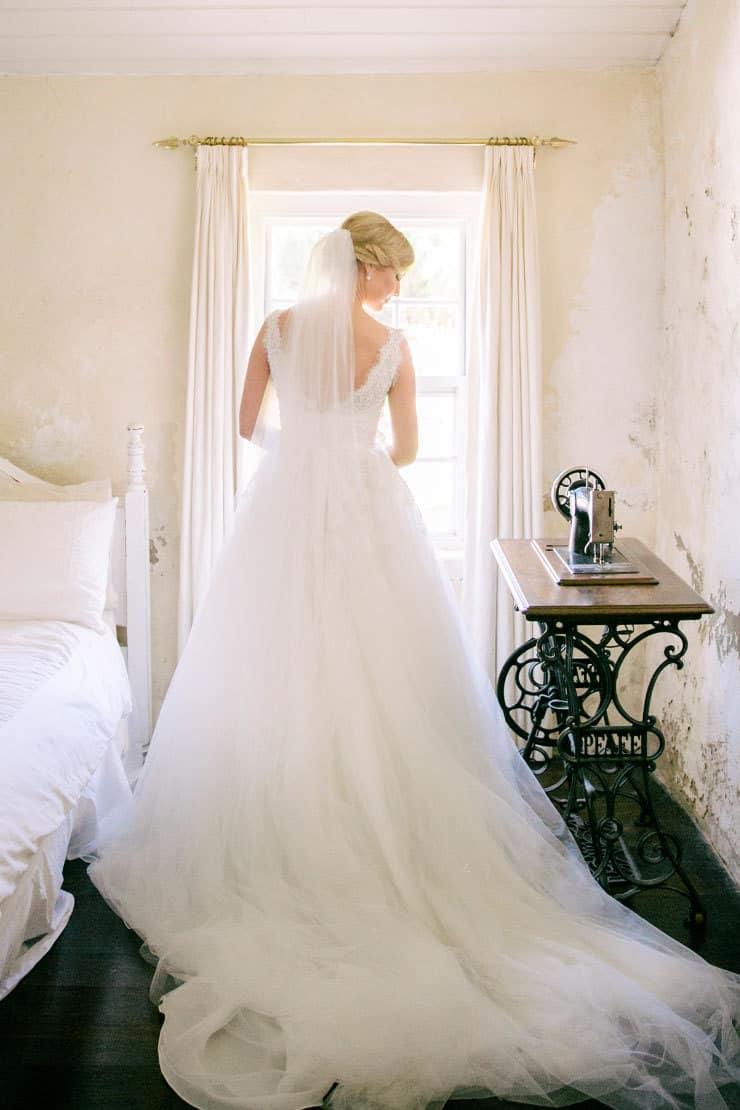 Ivory-&-Pink-Farm-Wedding24