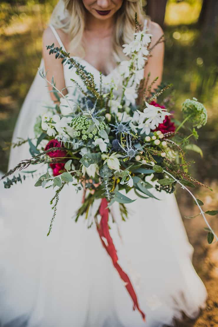 Sensational Bridal Bouquets   Curly Tree Photography