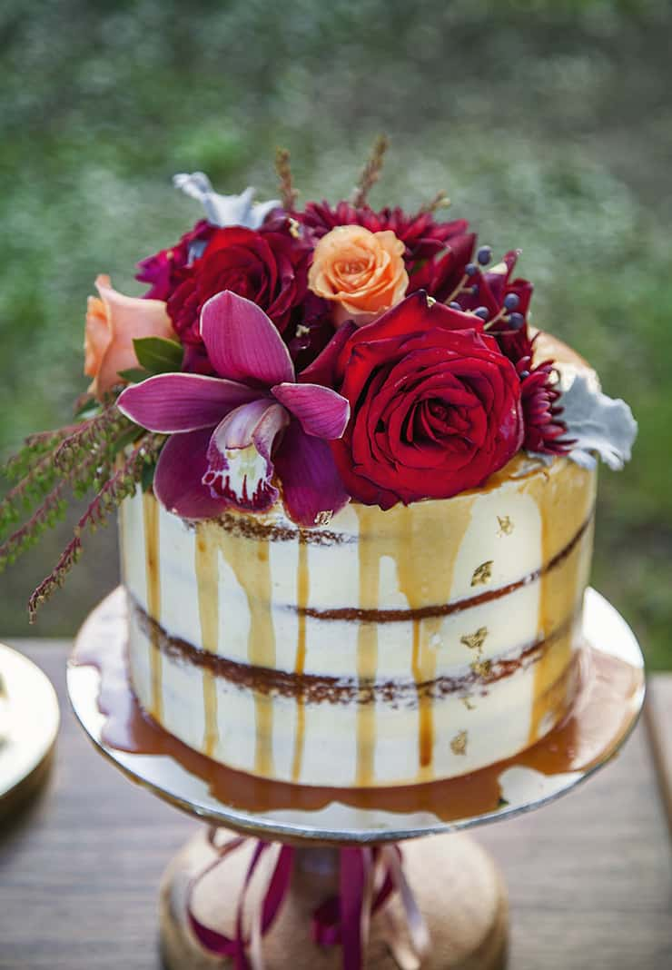 Creative Wedding Cakes | Taylor Mitchell Photography