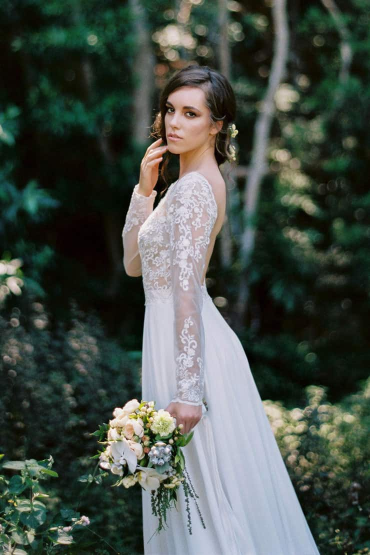 Natural-Bohemian-Wedding-Inspiration-Long-Sleeved-Dress-Woodland-Bouquet-3