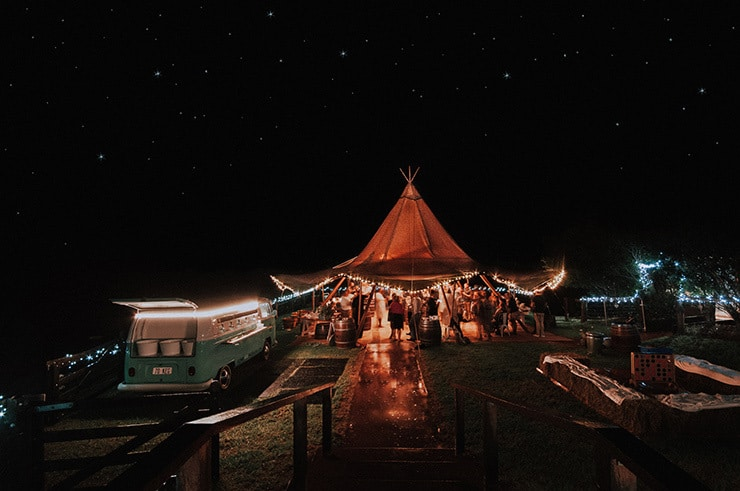 Outdoor Tipi Wedding | Lovelenscapes Photography