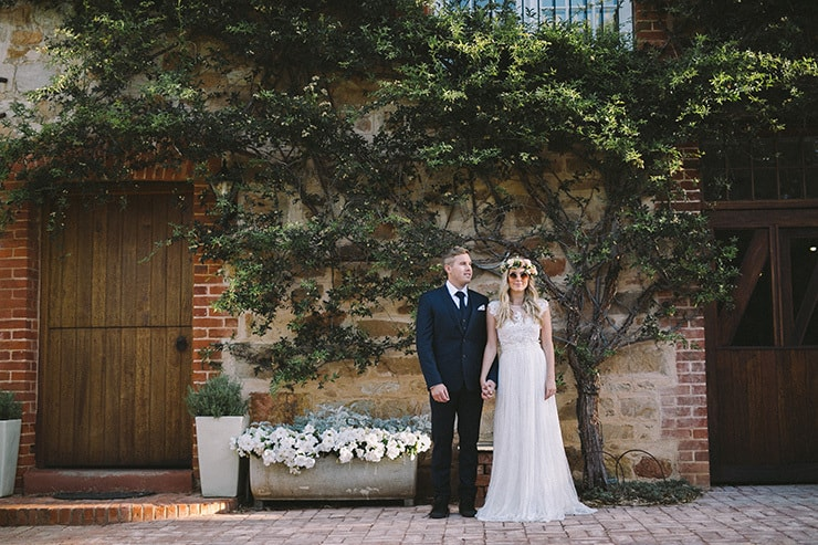 Relaxed-Vintage-Boho-Wedding-Inspiration-Bride-Flower-Crown-Groom-Relaxed-Venue
