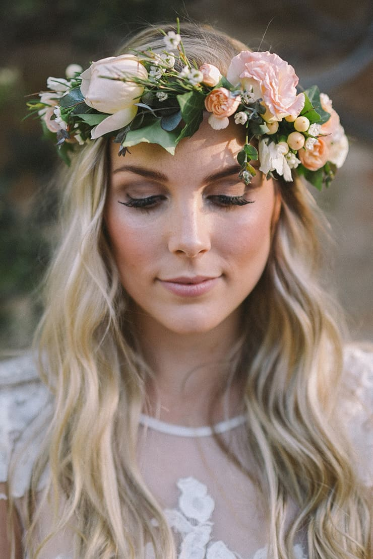 relaxed-vintage-boho-wedding-inspiration-hair - the wedding playbook