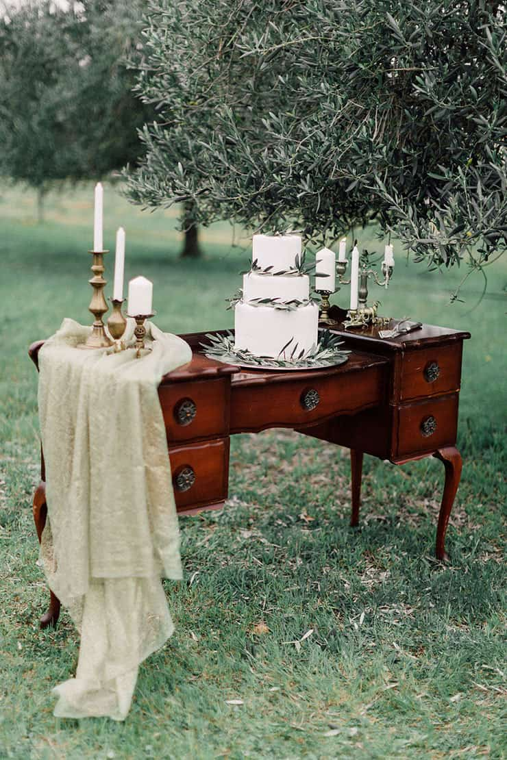Romantic-Bohemian-Wedding-Inspiration-Olive-Leaf-Cake-Display