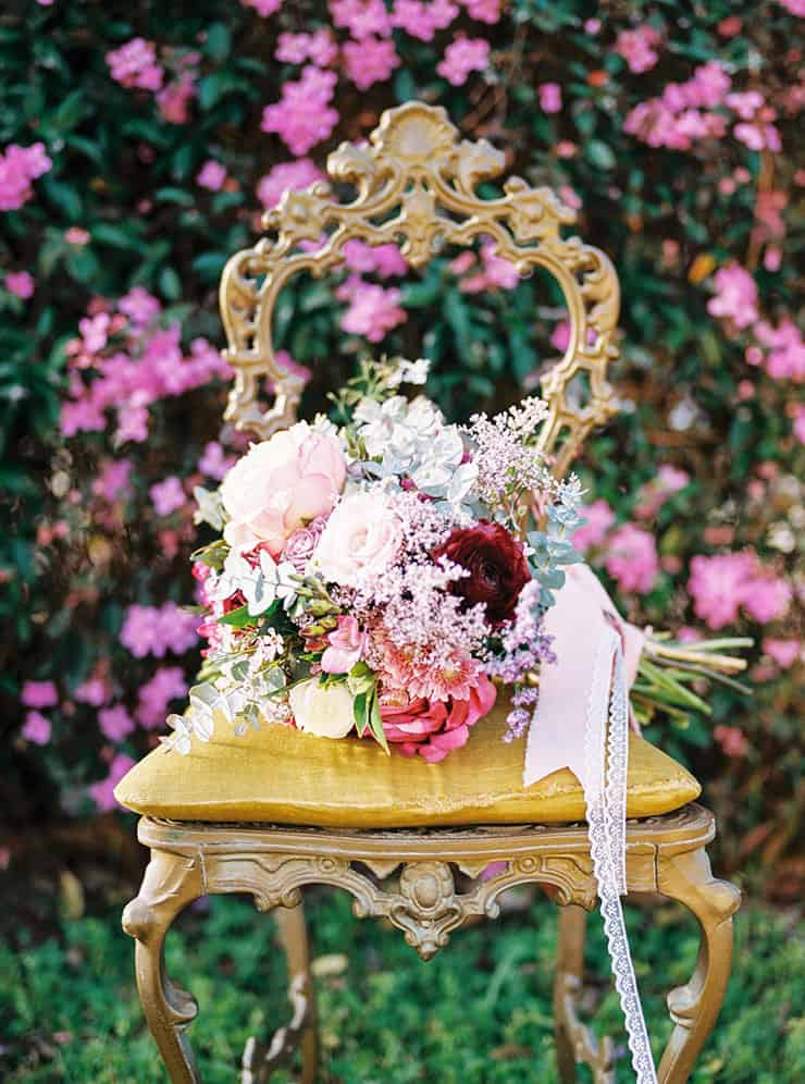 Romantic-Gold-&-Pink-Vintage-Wedding-Bouquet