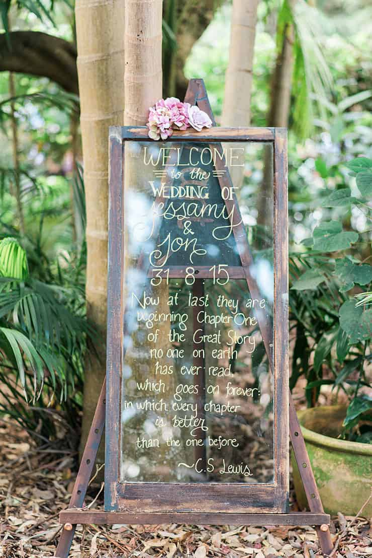 Romantic-Gold-&-Pink-Vintage-Wedding-Welcome-Sign-Window-Pane