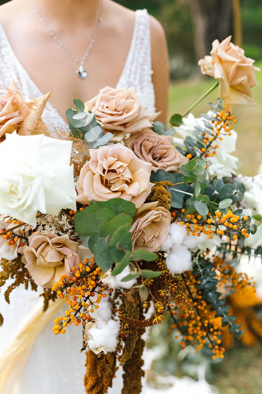 Romantic Riverside Boho Wedding Inspiration | Photography: Poppy and Sage