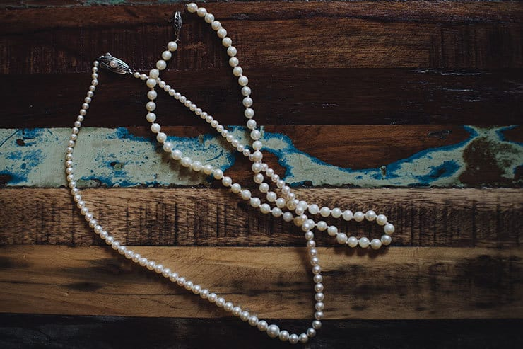 Romantic-Woodland-Wedding-Bride-Pearl-Necklace